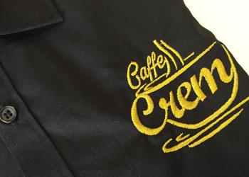 camicia ricamata logo bar